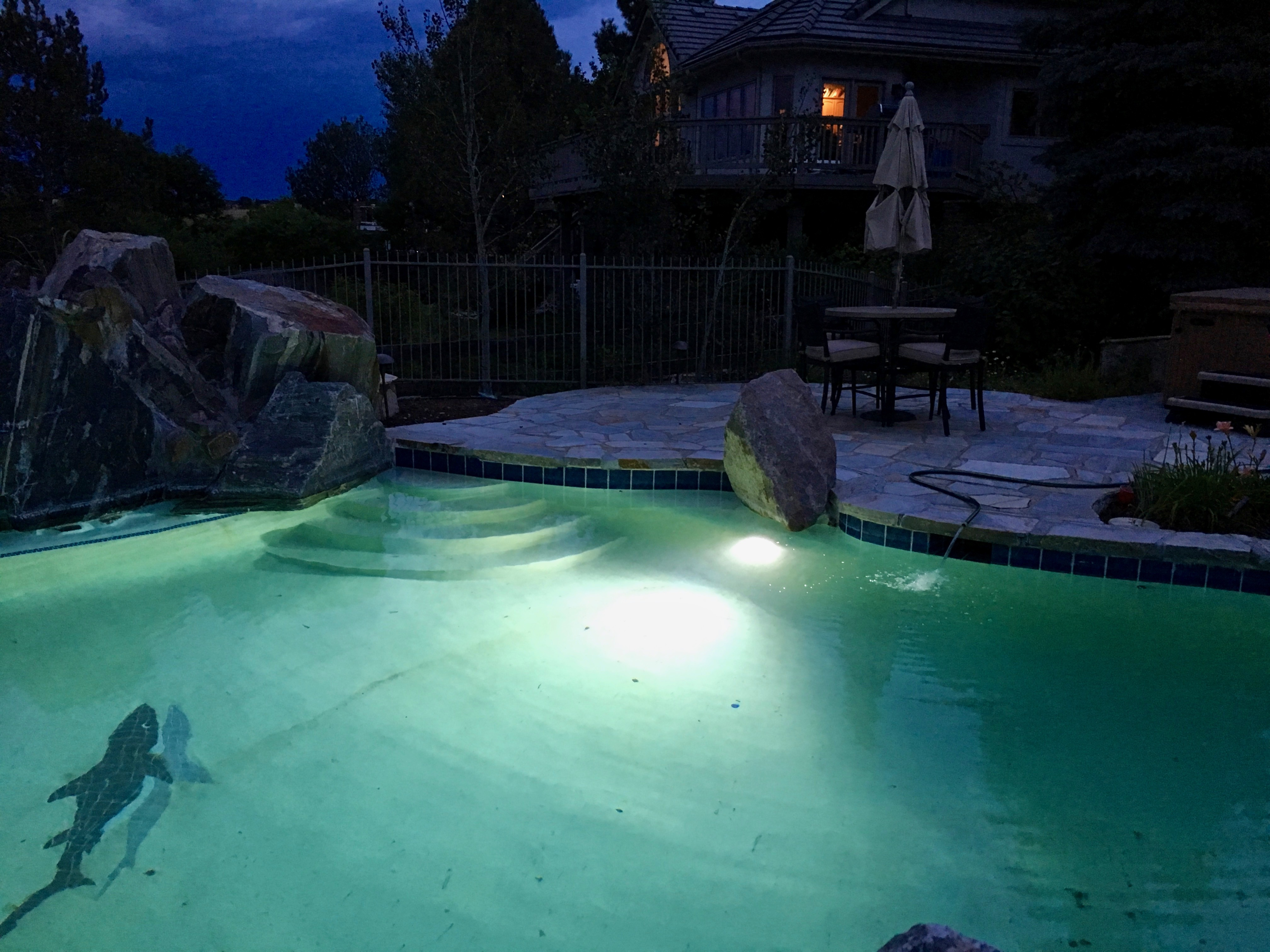 Landscape outdoor pool lighting electrical 2 colorado for Outdoor lighting concepts
